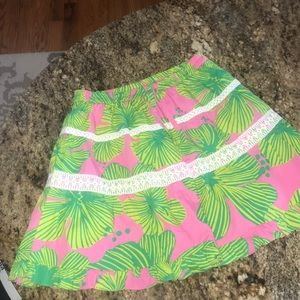 Lilly Pulitzer very cute skirt
